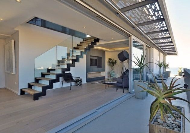 Bantry Bay Deluxe Penthouse
