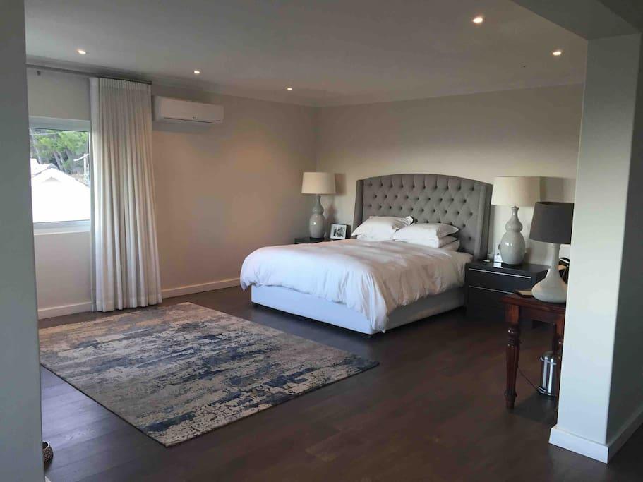 4 Bedroom Camps Bay Dream