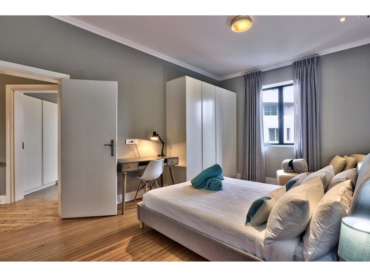 2 Bedroom Greenpoint Shaz Apartment